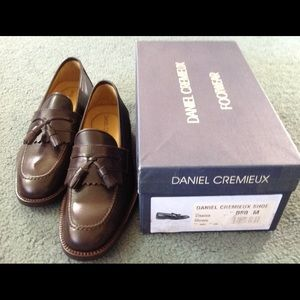 Daniel Cremieux leather loafers w/ tassles